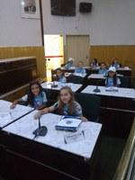 Projeto recebe alunos