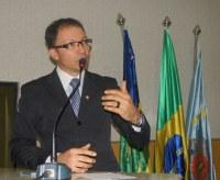 Pe. Hildo Aniceto toma posse