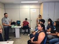 Presidente Paulinho Cabeleireiro reunido com gabinetes